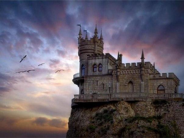 Ласточкино гнездо — один из символов Крыма